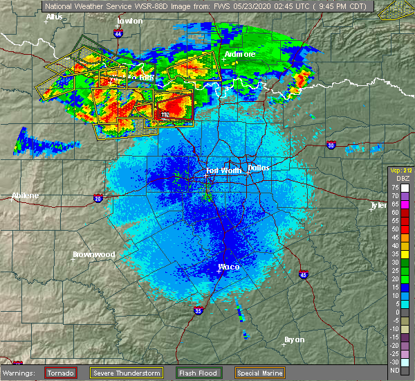 Radar Image for Severe Thunderstorms near St. Jo, TX at 5/22/2020 9:47 PM CDT