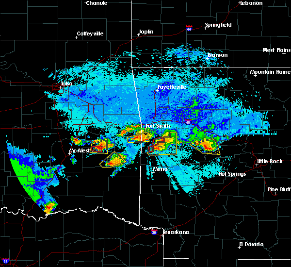 Radar Image for Severe Thunderstorms near Red Oak, OK at 5/22/2020 9:56 PM CDT