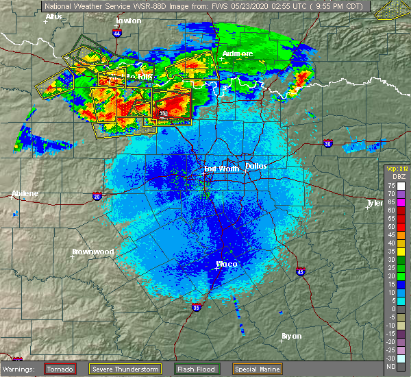 Radar Image for Severe Thunderstorms near Bowie, TX at 5/22/2020 9:58 PM CDT