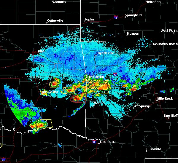 Radar Image for Severe Thunderstorms near Heavener, OK at 5/22/2020 10:35 PM CDT