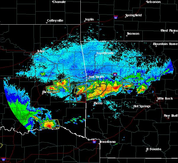 Radar Image for Severe Thunderstorms near Heavener, OK at 5/22/2020 11:20 PM CDT