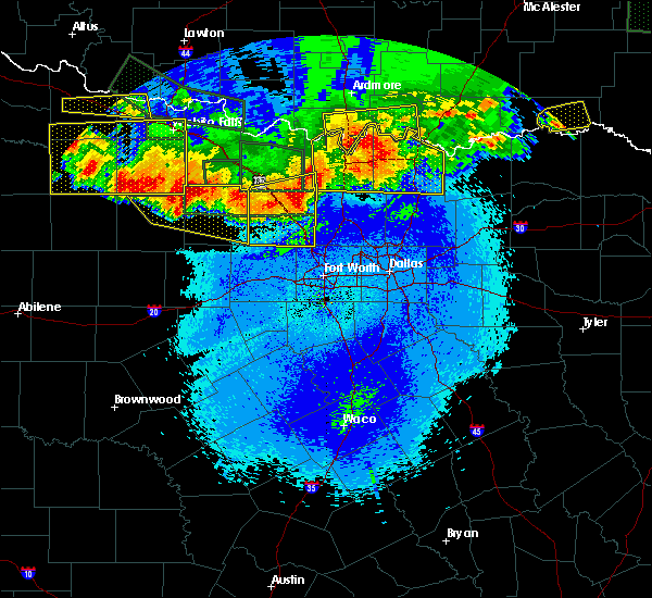 Radar Image for Severe Thunderstorms near Preston, TX at 5/22/2020 11:50 PM CDT