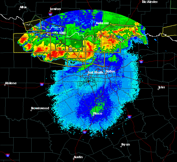 Radar Image for Severe Thunderstorms near Preston, TX at 5/23/2020 12:13 AM CDT