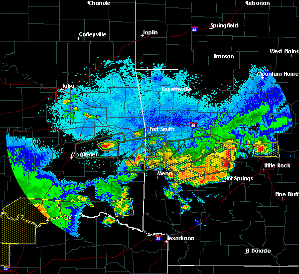 Radar Image for Severe Thunderstorms near De Queen, AR at 5/23/2020 12:49 AM CDT