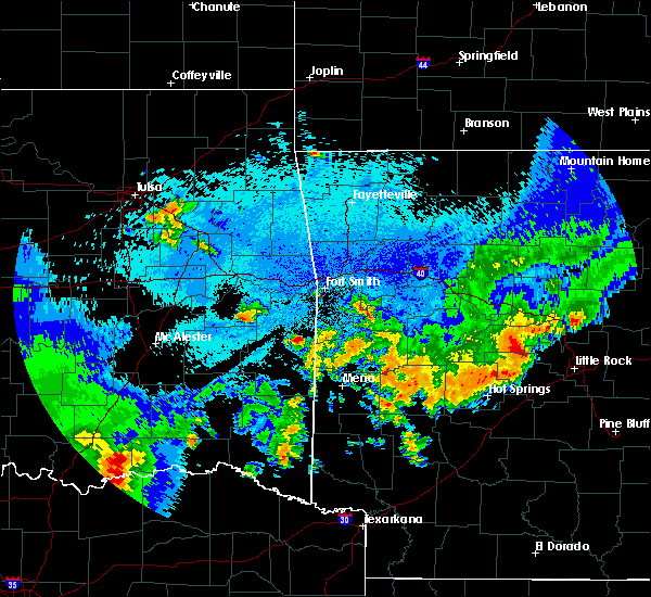 Radar Image for Severe Thunderstorms near Wickes, AR at 5/23/2020 1:07 AM CDT