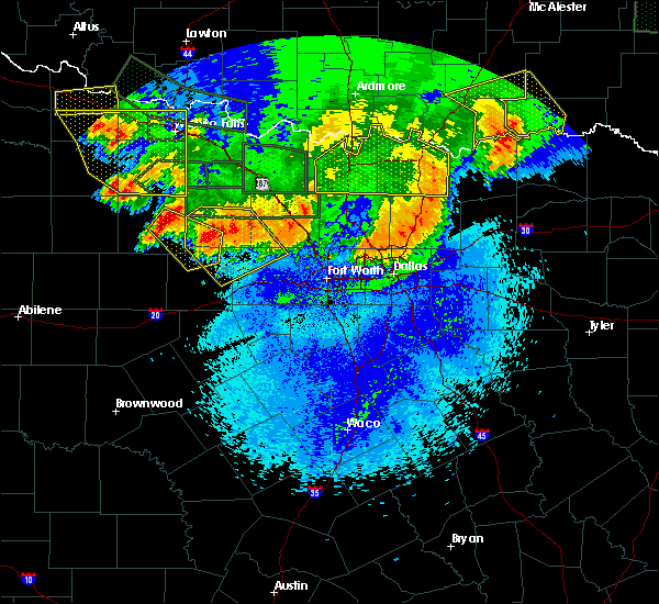 Radar Image for Severe Thunderstorms near Mineral Wells, TX at 5/23/2020 1:20 AM CDT