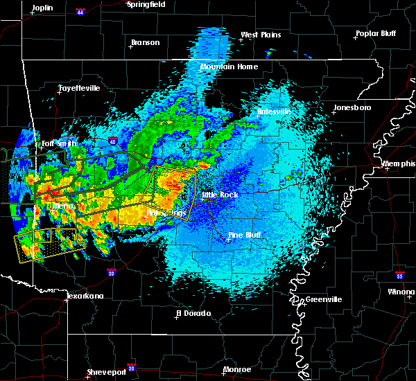 Radar Image for Severe Thunderstorms near Little Rock, AR at 5/23/2020 1:23 AM CDT