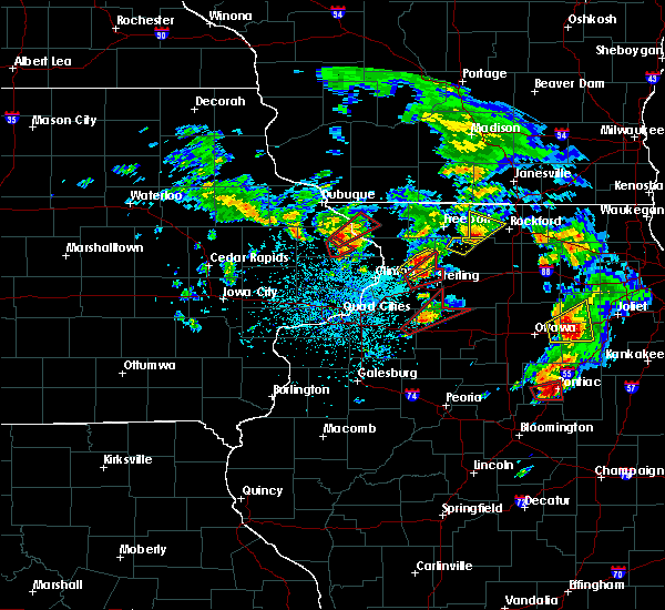 Radar Image for Severe Thunderstorms near Coleta, IL at 5/23/2020 2:33 PM CDT