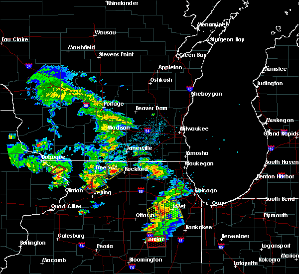 Radar Image for Severe Thunderstorms near Rockford, IL at 5/23/2020 3:00 PM CDT