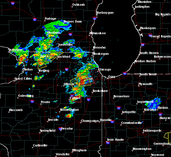 Radar Image for Severe Thunderstorms near Saunemin, IL at 5/23/2020 3:14 PM CDT
