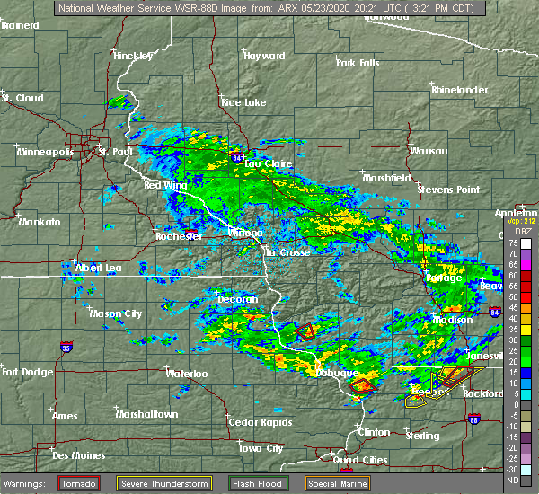 Radar Image for Severe Thunderstorms near Lancaster, WI at 5/23/2020 3:26 PM CDT