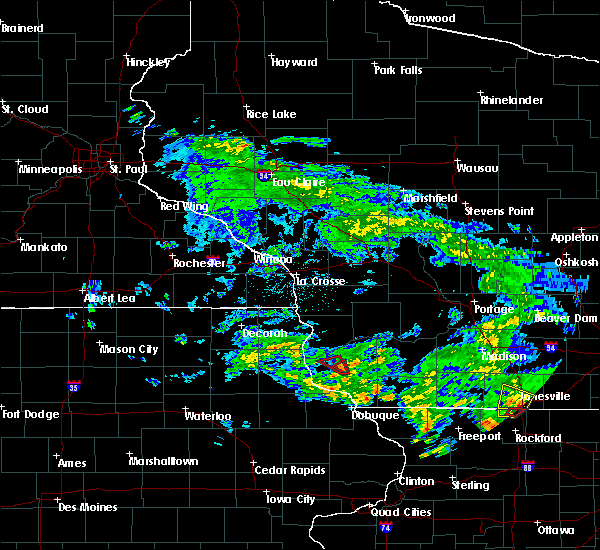 Radar Image for Severe Thunderstorms near Lancaster, WI at 5/23/2020 3:59 PM CDT