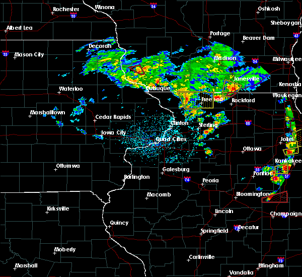 Radar Image for Severe Thunderstorms near Lake Summerset, IL at 5/23/2020 4:05 PM CDT