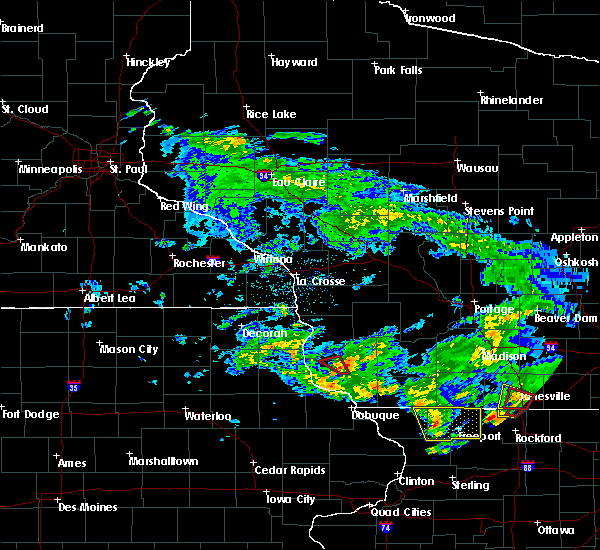 Radar Image for Severe Thunderstorms near Lancaster, WI at 5/23/2020 4:14 PM CDT
