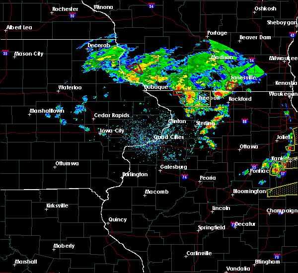 Radar Image for Severe Thunderstorms near Nora, IL at 5/23/2020 4:22 PM CDT