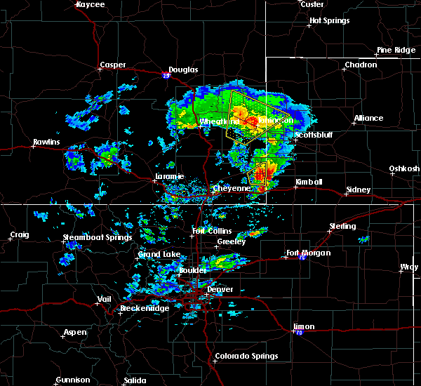 Radar Image for Severe Thunderstorms near Lingle, WY at 5/23/2020 3:54 PM MDT