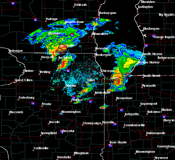 Radar Image for Severe Thunderstorms near Valparaiso, IN at 5/23/2020 5:32 PM CDT