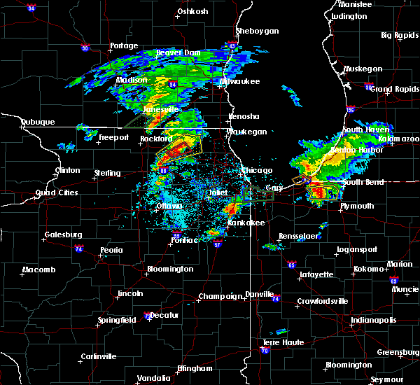Radar Image for Severe Thunderstorms near Algonquin, IL at 5/23/2020 6:27 PM CDT