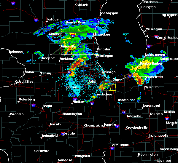 Radar Image for Severe Thunderstorms near Fox River Grove, IL at 5/23/2020 6:43 PM CDT