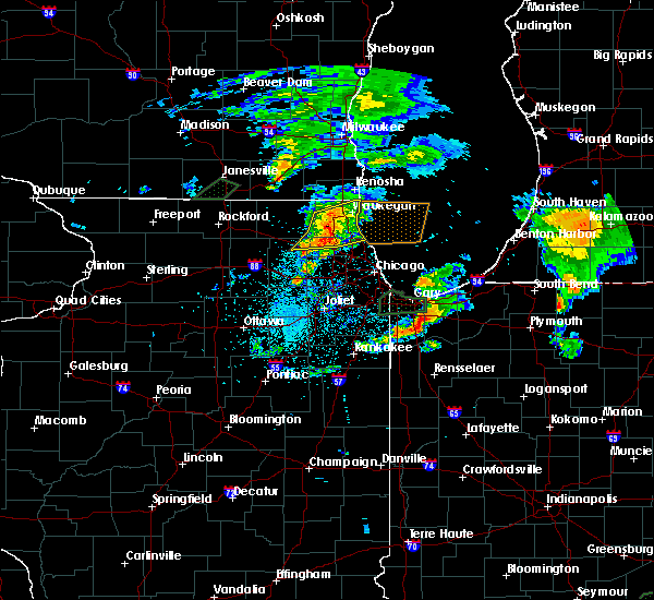 Radar Image for Severe Thunderstorms near Valparaiso, IN at 5/23/2020 7:36 PM CDT