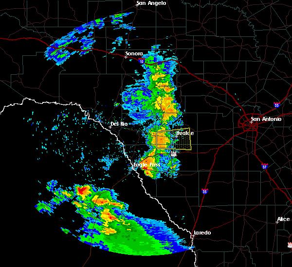 Radar Image for Severe Thunderstorms near Chula Vista, TX at 5/23/2020 8:12 PM CDT