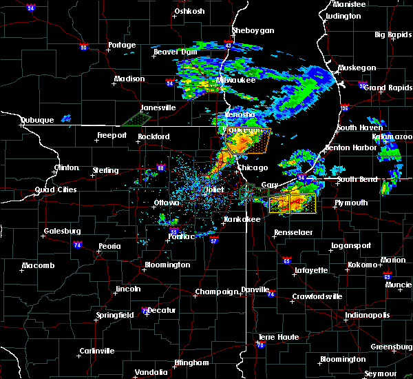 Radar Image for Severe Thunderstorms near Kouts, IN at 5/23/2020 8:28 PM CDT