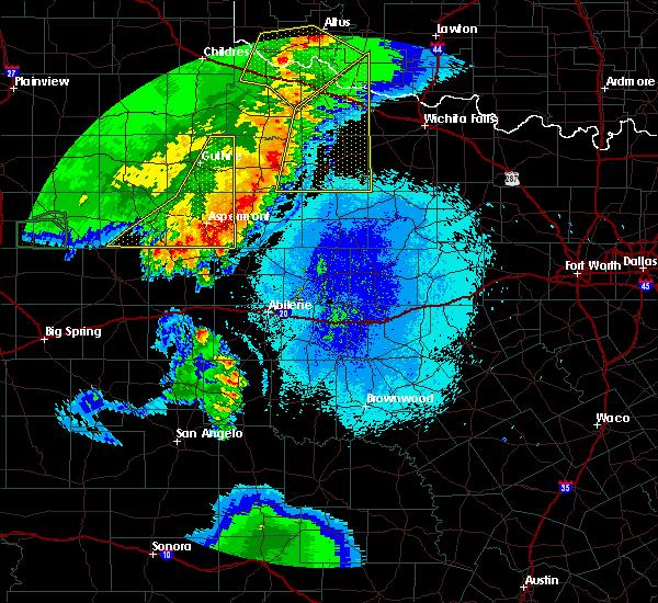 Radar Image for Severe Thunderstorms near Aspermont, TX at 5/23/2020 9:38 PM CDT