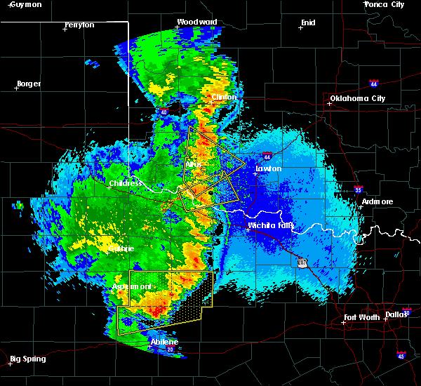 Radar Image for Severe Thunderstorms near Frederick, OK at 5/23/2020 10:41 PM CDT