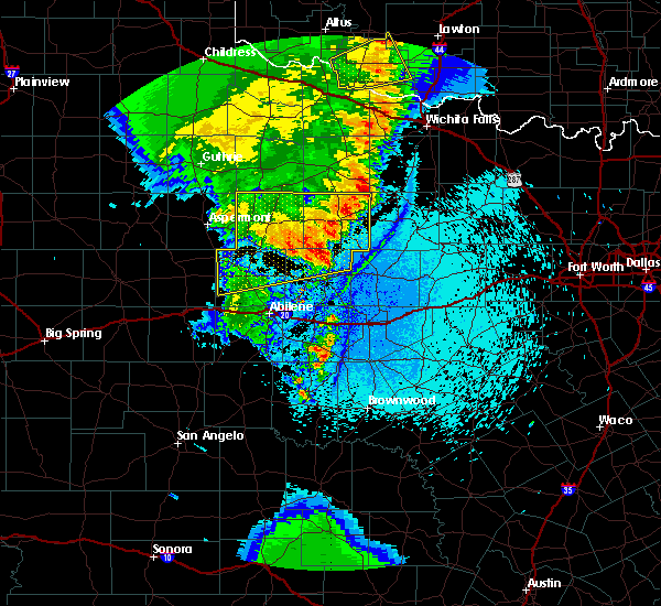 Radar Image for Severe Thunderstorms near Throckmorton, TX at 5/23/2020 11:02 PM CDT