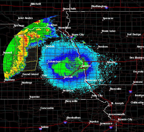Radar Image for Severe Thunderstorms near Cedar Rapids, NE at 5/24/2020 2:21 AM CDT