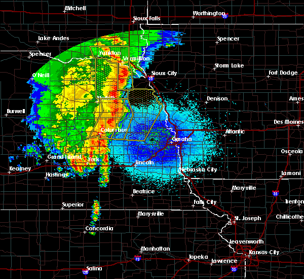 Radar Image for Severe Thunderstorms near Cedar Bluffs, NE at 5/24/2020 3:50 AM CDT