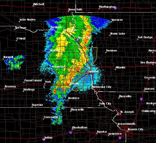 Radar Image for Severe Thunderstorms near Omaha, NE at 5/24/2020 5:09 AM CDT