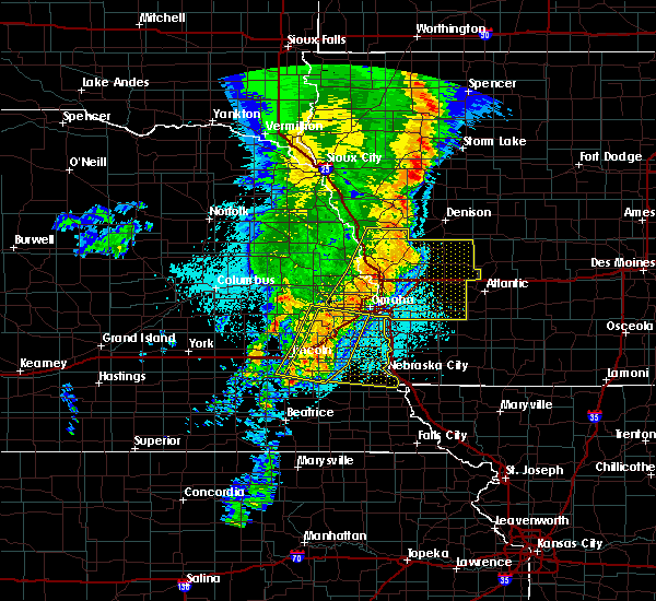 Radar Image for Severe Thunderstorms near Omaha, NE at 5/24/2020 5:41 AM CDT