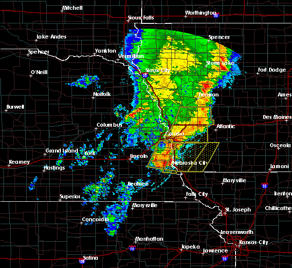 Radar Image for Severe Thunderstorms near Bartlett, IA at 5/24/2020 6:29 AM CDT
