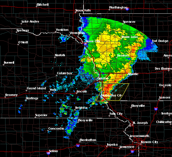 Radar Image for Severe Thunderstorms near Thurman, IA at 5/24/2020 7:01 AM CDT