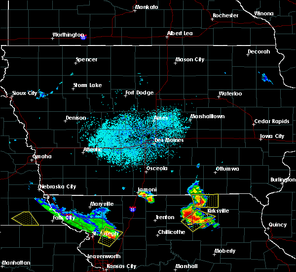 Radar Image for Severe Thunderstorms near Kirksville, MO at 5/24/2020 2:55 PM CDT