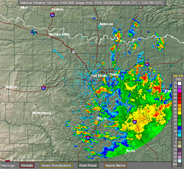 Radar Image for Severe Thunderstorms near Cleburne, TX at 5/24/2020 3:11 PM CDT