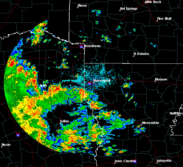Radar Image for Severe Thunderstorms near Gladewater, TX at 5/24/2020 3:23 PM CDT