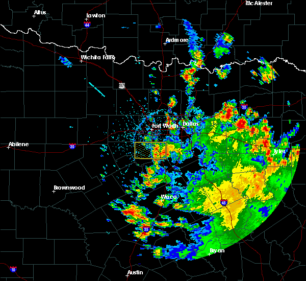 Radar Image for Severe Thunderstorms near Cleburne, TX at 5/24/2020 3:28 PM CDT