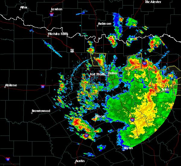 Radar Image for Severe Thunderstorms near Joshua, TX at 5/24/2020 3:54 PM CDT