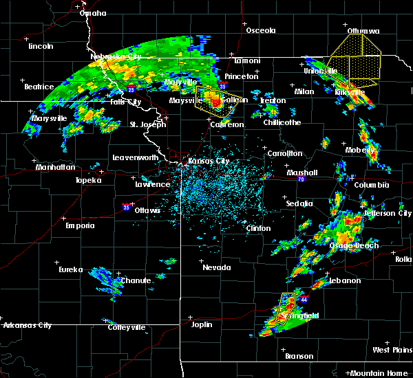 Radar Image for Severe Thunderstorms near Lake Viking, MO at 5/24/2020 3:57 PM CDT
