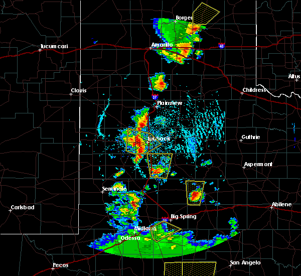 Radar Image for Severe Thunderstorms near New Deal, TX at 5/24/2020 5:56 PM CDT