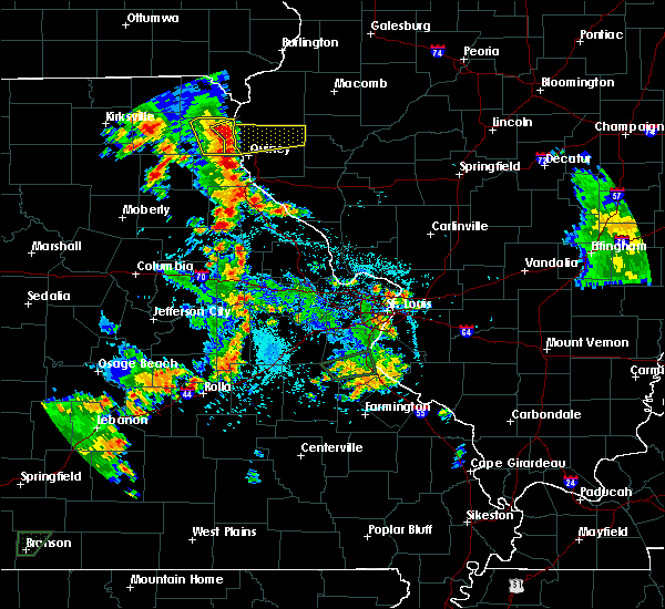 Radar Image for Severe Thunderstorms near La Grange, MO at 5/24/2020 6:05 PM CDT