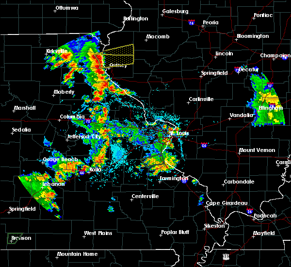 Radar Image for Severe Thunderstorms near La Grange, MO at 5/24/2020 6:06 PM CDT