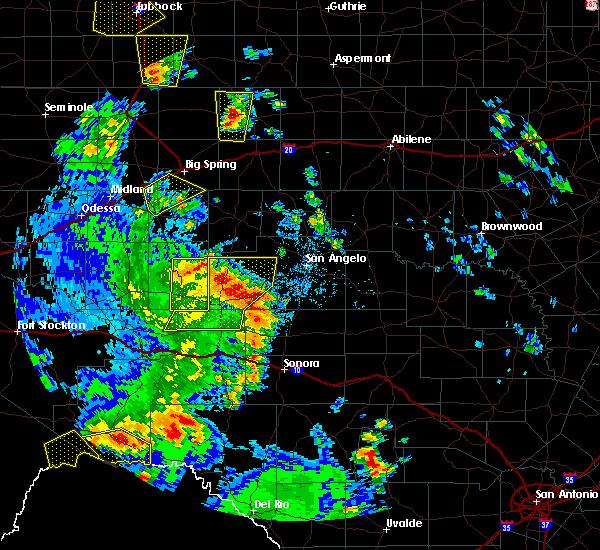Radar Image for Severe Thunderstorms near Big Lake, TX at 5/24/2020 6:06 PM CDT