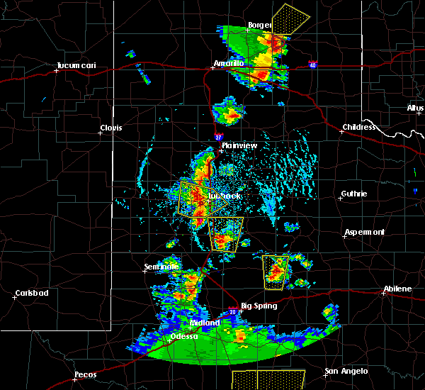 Radar Image for Severe Thunderstorms near New Deal, TX at 5/24/2020 6:09 PM CDT