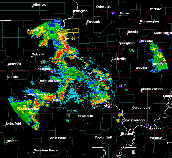 Radar Image for Severe Thunderstorms near Camp Point, IL at 5/24/2020 6:19 PM CDT