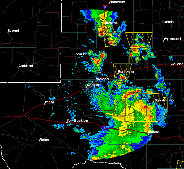 Radar Image for Severe Thunderstorms near Los Ybanez, TX at 5/24/2020 6:30 PM CDT