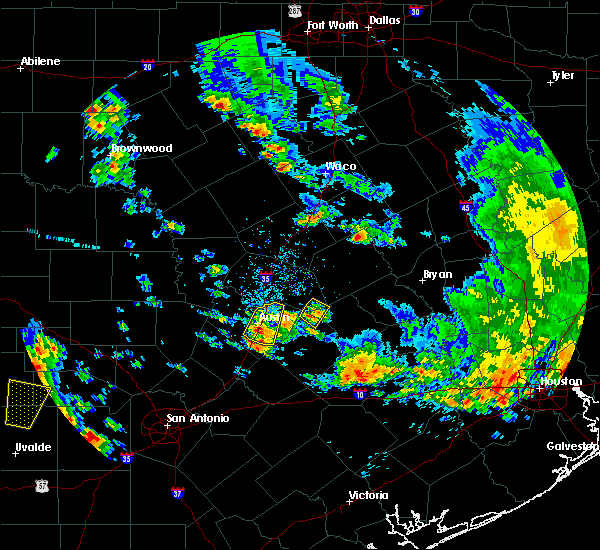 Radar Image for Severe Thunderstorms near McDade, TX at 5/24/2020 6:49 PM CDT