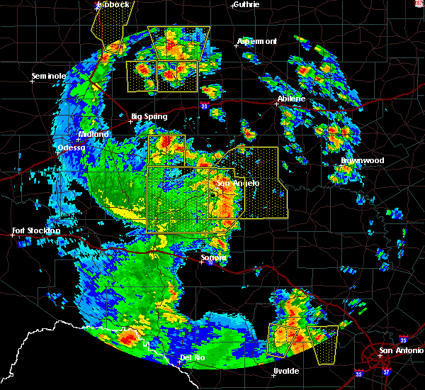 Radar Image for Severe Thunderstorms near Sterling City, TX at 5/24/2020 7:02 PM CDT